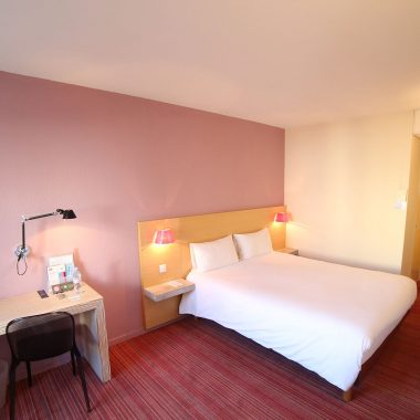 St James - book your accommodation