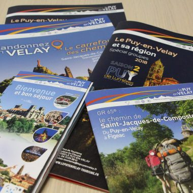 Brochures and maps