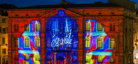 Group : half-day, visit of Le Puy-en-Velay with the Puy de Lumières show